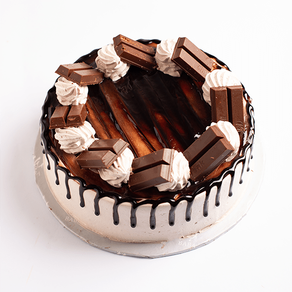 Send KitKat Cake To Lahore of Baba Bakers | DrBake.pk