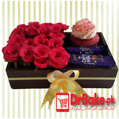 Send HIT Chocolate Tray to Pakistan | DrBake.pk