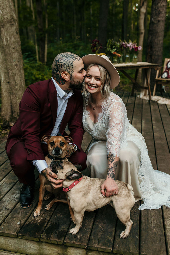 ontario elopement wedding with by catalfo lace robe