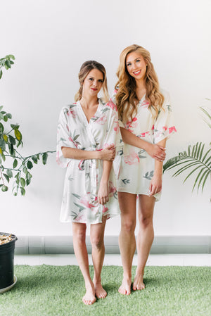 our favourite bridesmaid robes to get ready in, the peony robe for bridal parties