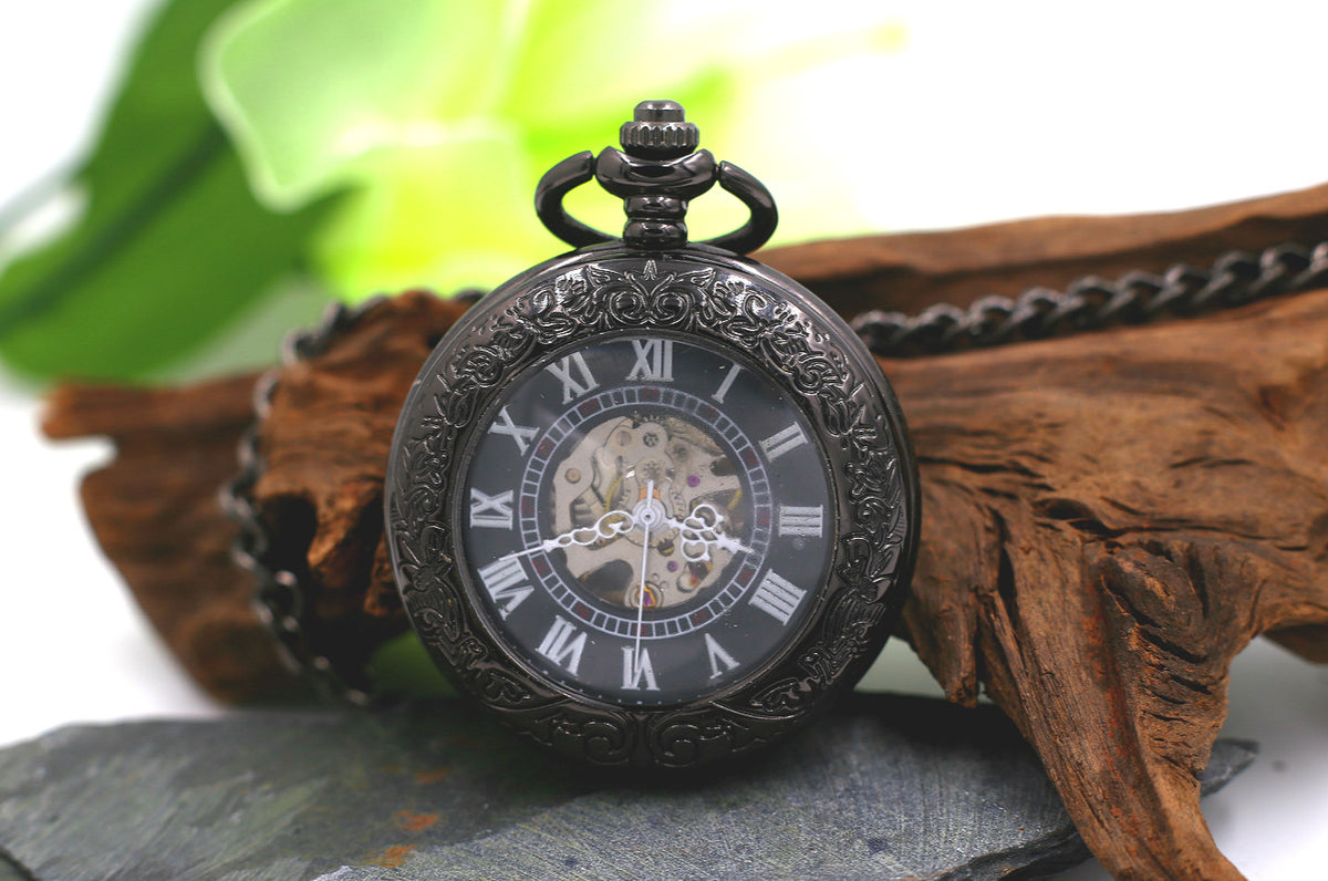 Premium Antique Black Mechanical Pocket Watch Men With Chains Wind Up Watch MPM030