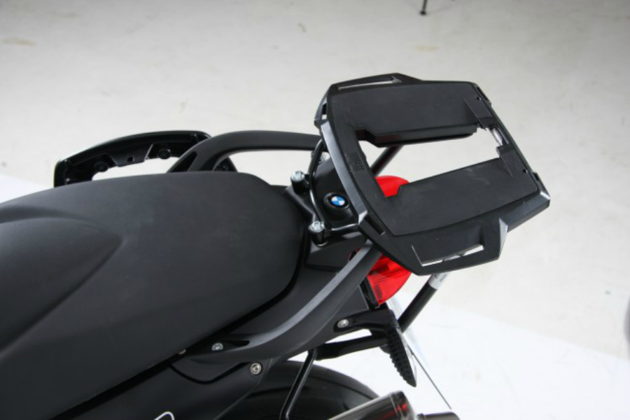 BMW F800R Topcase carrier - Fixed Hinge (Alu Rack) - Bike 'N' Biker