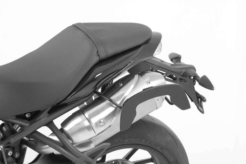 Triumph Speed Triple 1050 C-Bow soft bag carrier Hepco Becker - Bike 'N' Biker