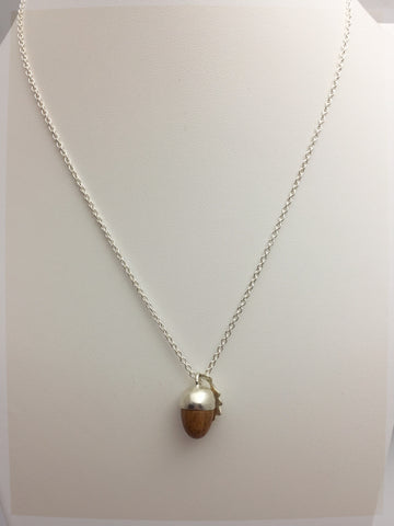 Phoebe Gold 18 Carat Acorn Pendant Necklace - Stuff & All Ltd
