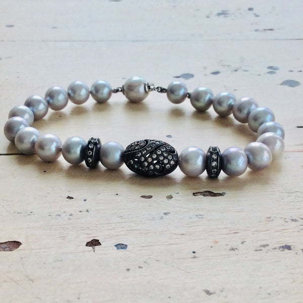 Silver Pearl Bracelet, Everyday Jewelry Chic Hand Knotted Bracelet