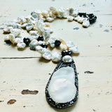 Fluffy Pearl Pendant Necklace