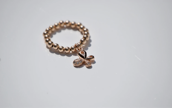 ROSE GOLD BUTTERFLY CHARM RING