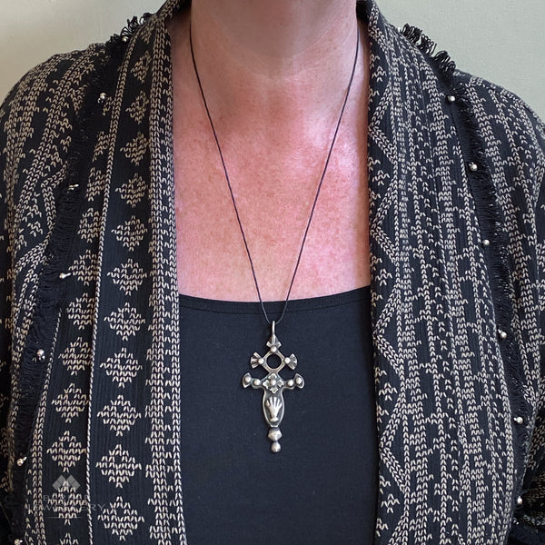 Silver Tuareg cross of Agadez with khamsa from Niger