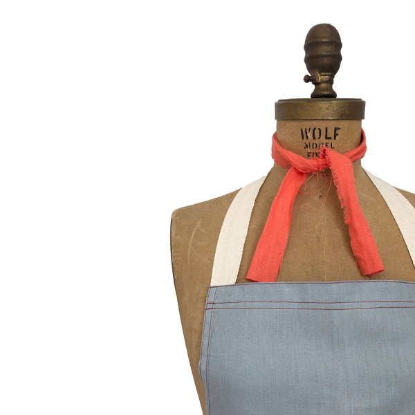 Cucina Linen Apron - Dusty Powder Blue