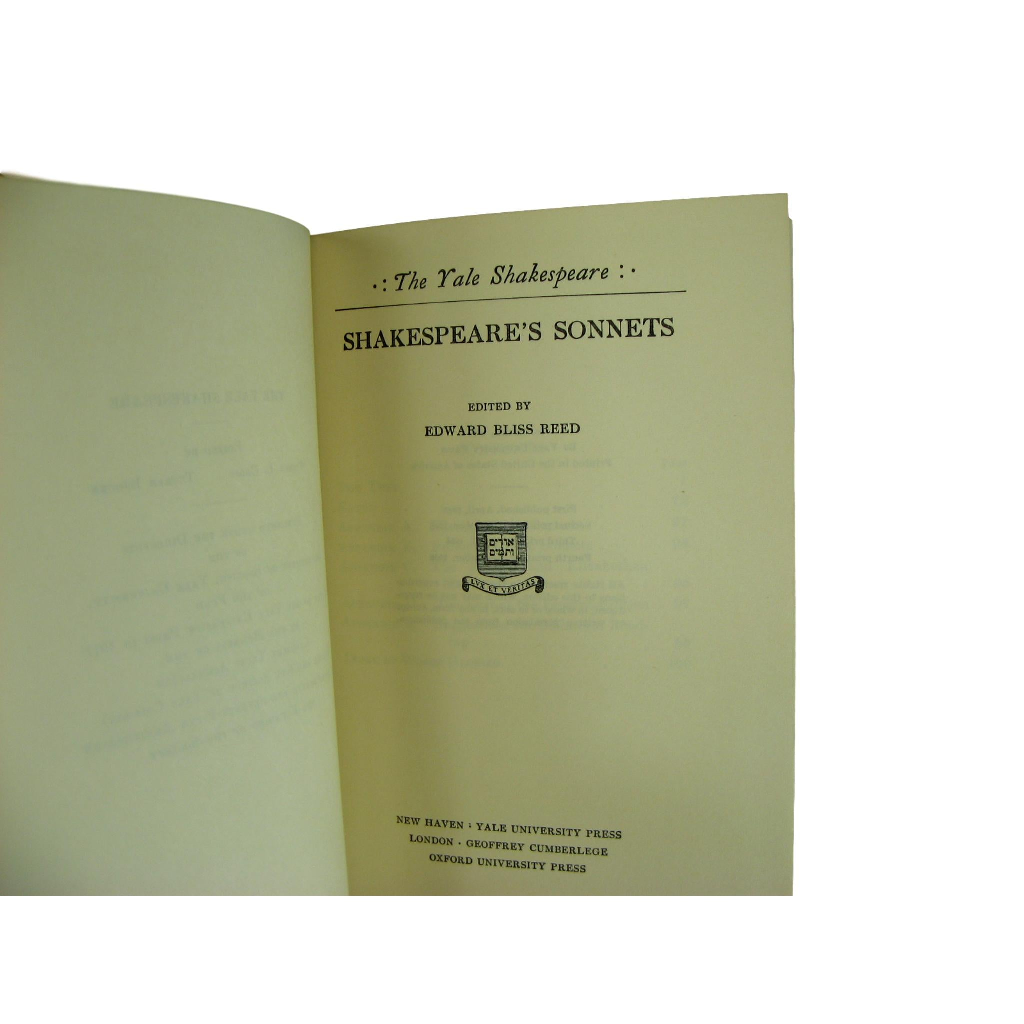 Decorative Set of The Yale Shakespeare,  Works of William Shakespeare, S/12 - Decades of Vintage