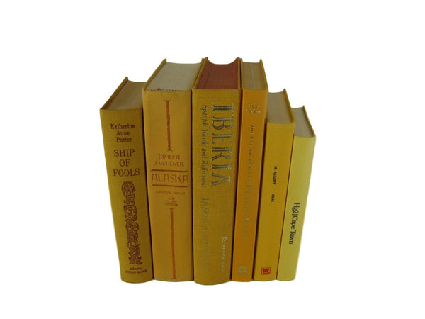 Yellow  Vintage Books, S/6 - Decades of Vintage