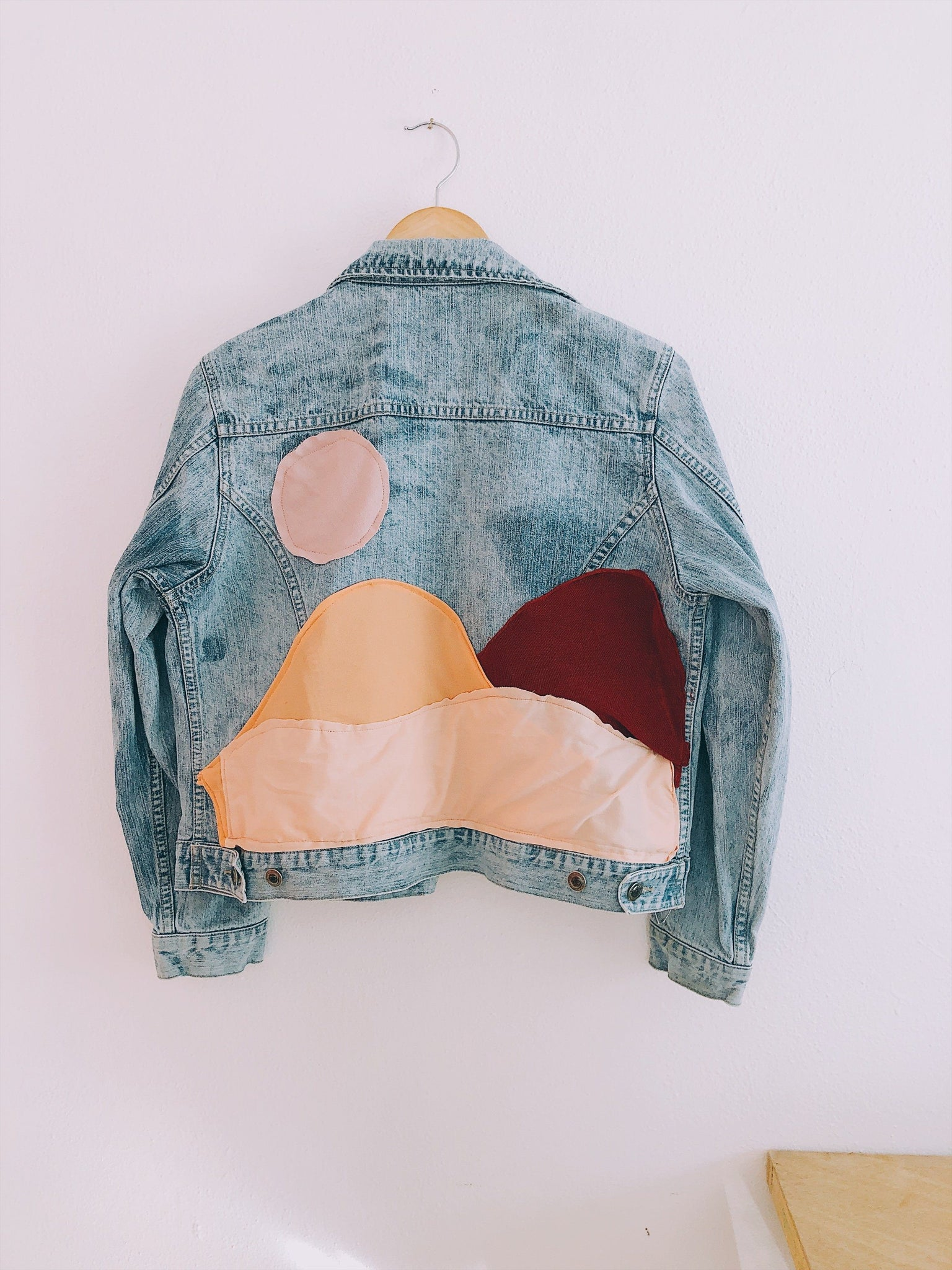 Pastel Sandunes Bleach Denim Jacket