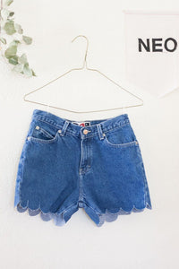 Cutie Scalloped Shorts • Size 5