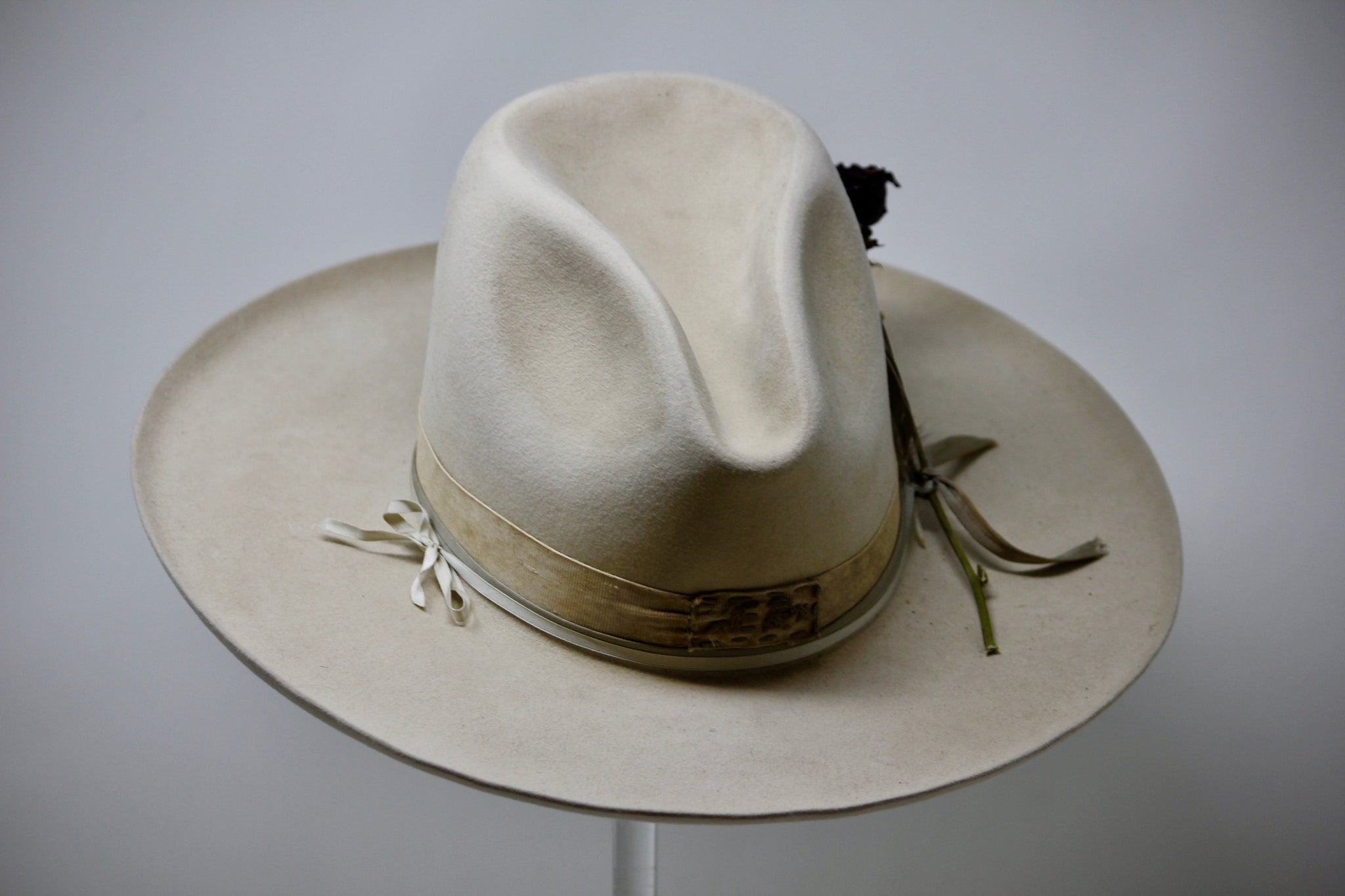 """The Sarasota V"" Handmade Custom Lone Hawk Hat"