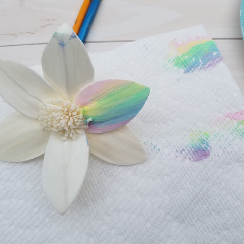 creating a tie dye sola flower