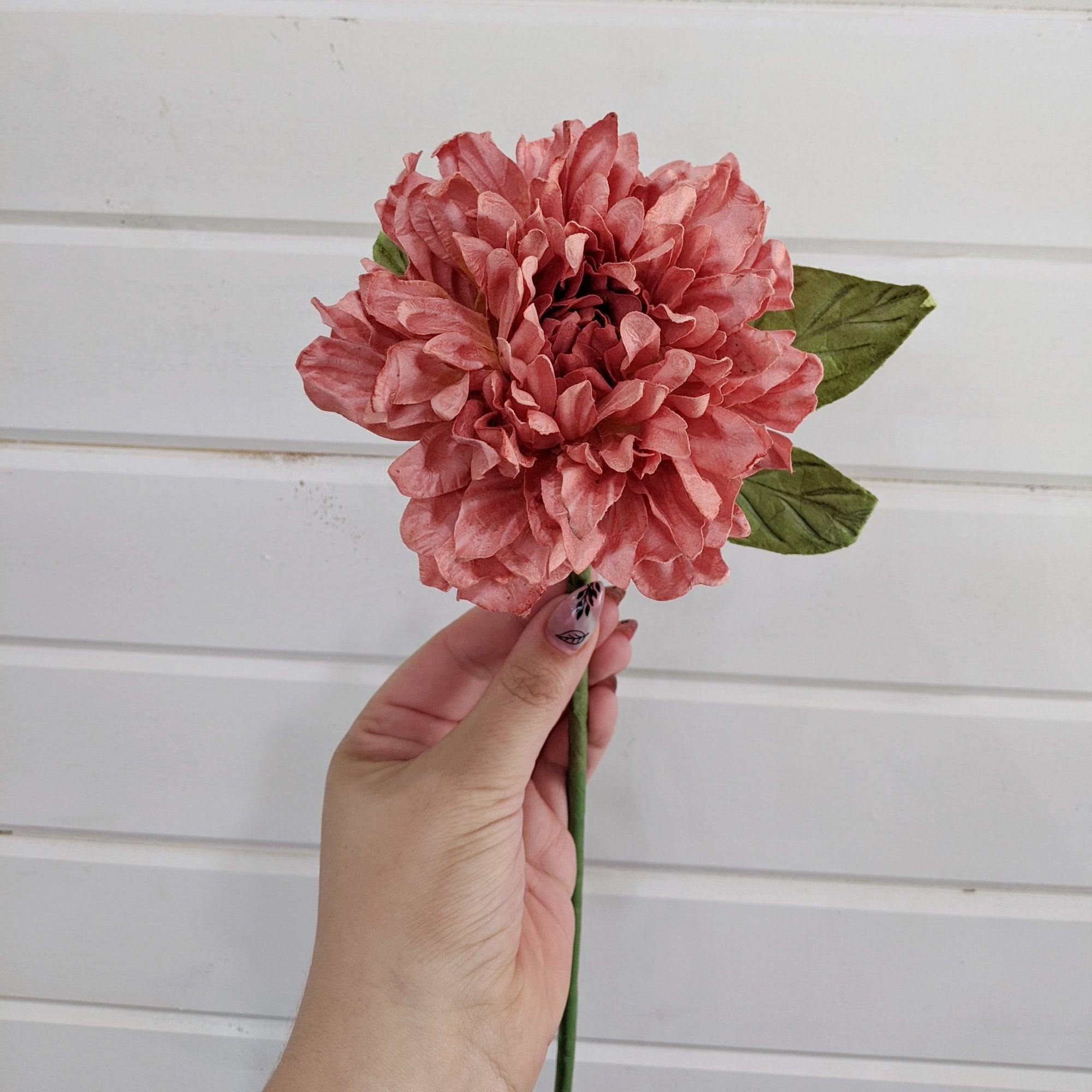 Dahlia- paper flower - single stem - Red/Coral _sola_wood_flowers