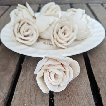Chippy™- set of 12-  1.5 inches _sola_wood_flowers