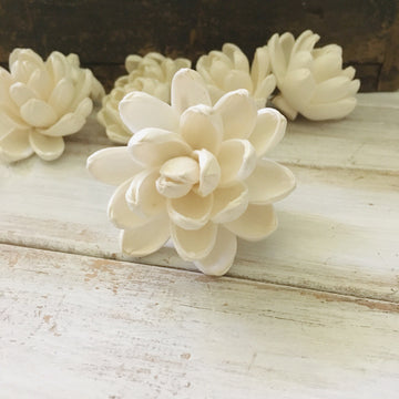 Elegance™- set of 6- 3 inches _sola_wood_flowers