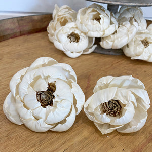 Helen™- set of 12-  3 inches _sola_wood_flowers