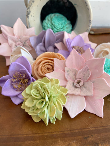 Vintage Holiday Assortment - Dyed Sola Wood Flower Assortment _sola_wood_flowers