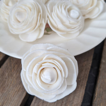 Ranunculus- set of 12 - 1.5 inches _sola_wood_flowers