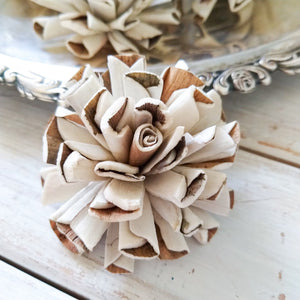 Vanilla Twist™ - set of 12-  2.5 inches _sola_wood_flowers