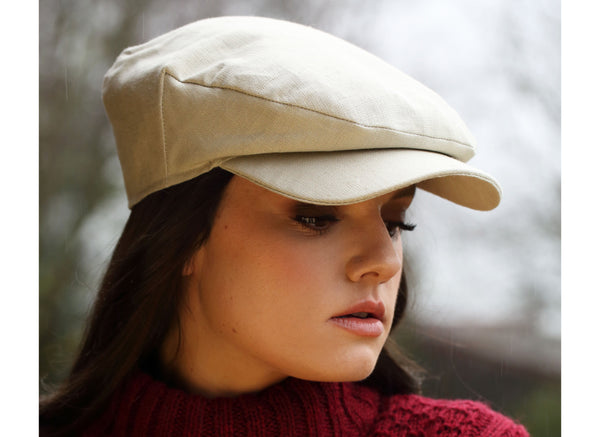 Hanna Hats Daithi Cap Linen - Sand - Female Model