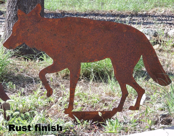 Coyote Wildlife yard art. Rust Coyote metal Lawn Art Wildlife Yard Decor