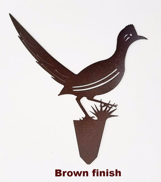 Roadrunner Bird Garden. Roadrunner metal art. Roadrunner metal yard or lawn art