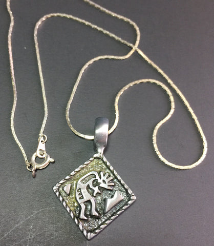 "17"" chain, 1"" Pendant Southwestern Kokopeli Antiqued Silver Pendant necklace on silver chain"