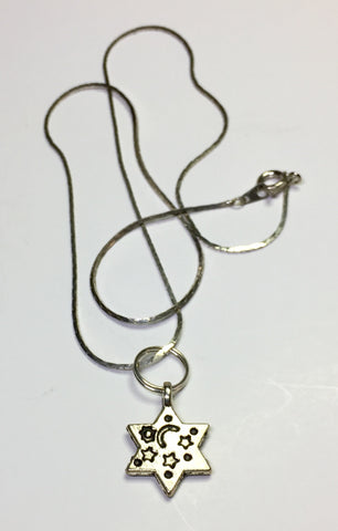 "17"" Moon and Starts Silver 6-pointed Jewish Star Pendant on Silver chain"