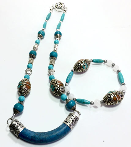 "17"" Unique Turquoise Rounded Bar Necklace with mosaic Tibetan Beads"
