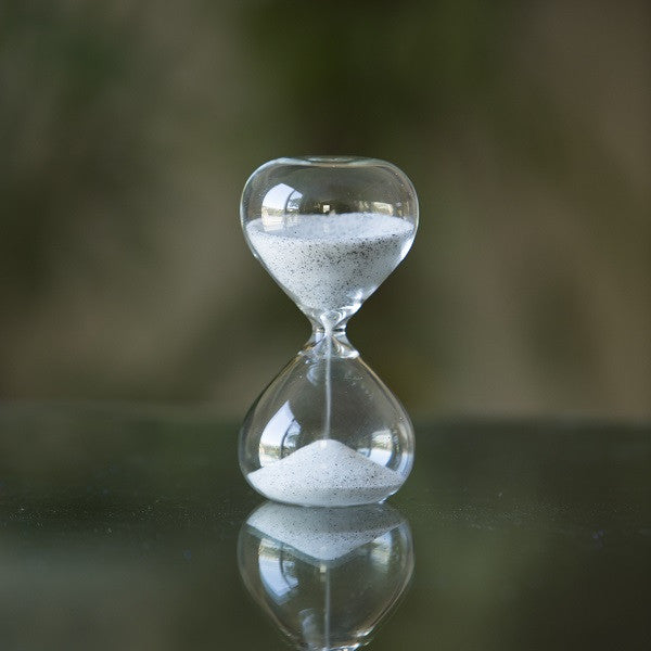 5 Min Glass Timer with Black and White Mixed Sand