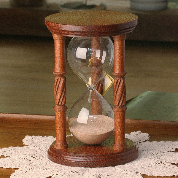 Solid Fishtail Oak Hourglass With Spiral Spindles