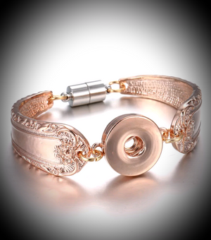 Rose gold spoon bracelet with magnetic clasp