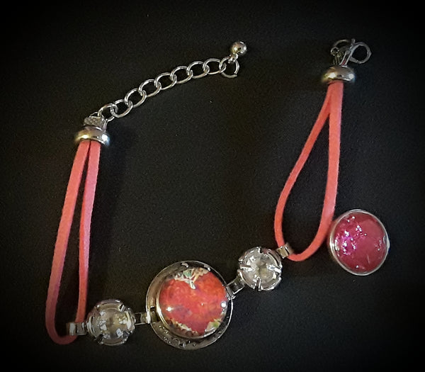 Pink 18mm noosa snap bracelet with 2 snaps