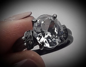 Black metal ring with rhinestones
