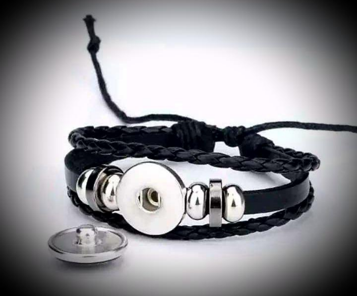 Black adjustable bracelet with a snap