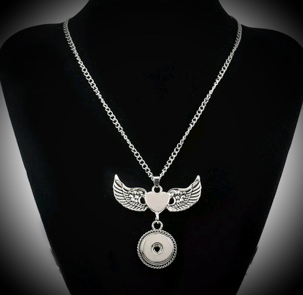 Heart with wings 18mm noosa snap pendant