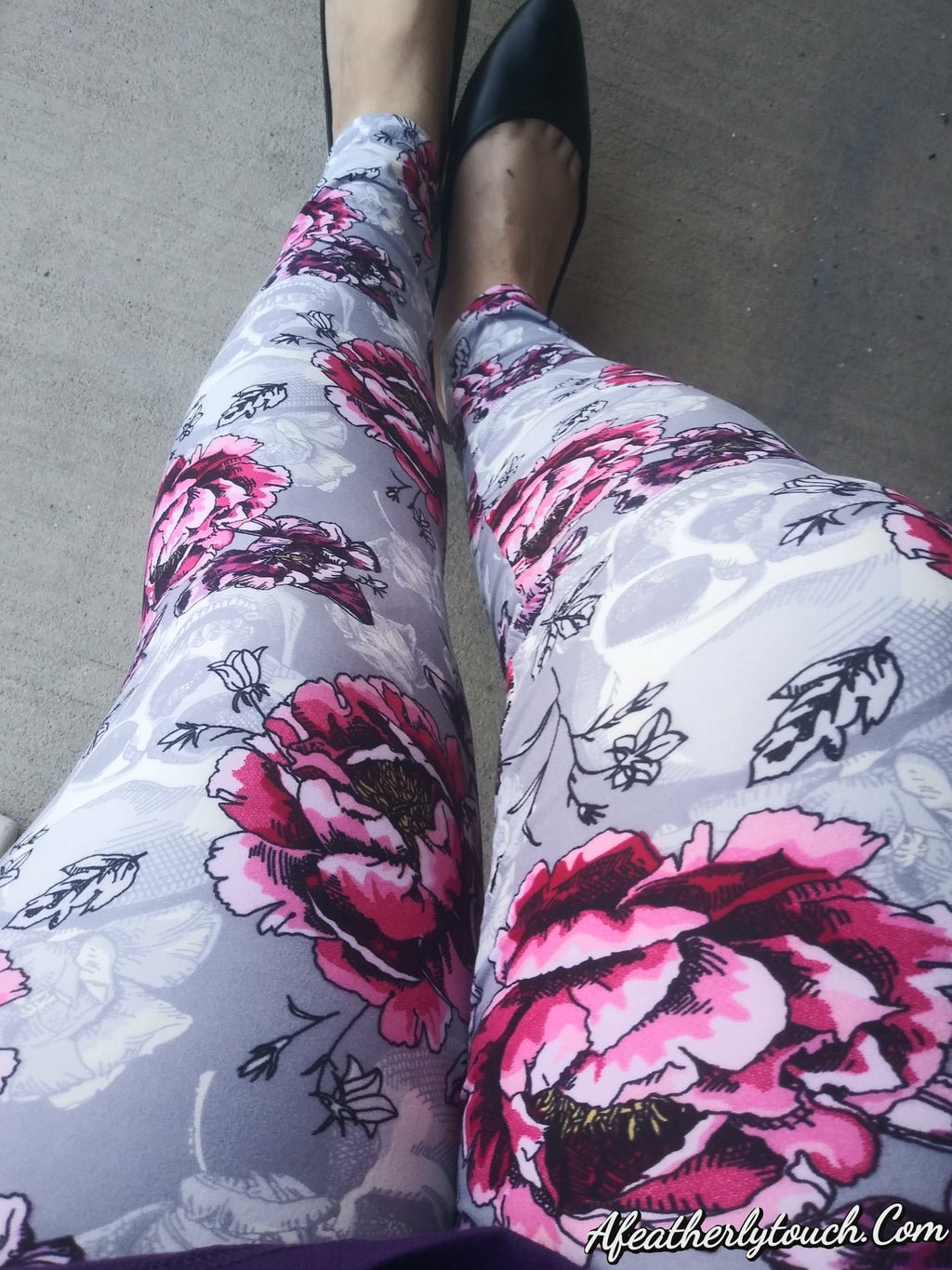Ghost skulls  Buttercream soft leggings