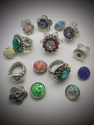 A variety of 18mm noosa snap rings