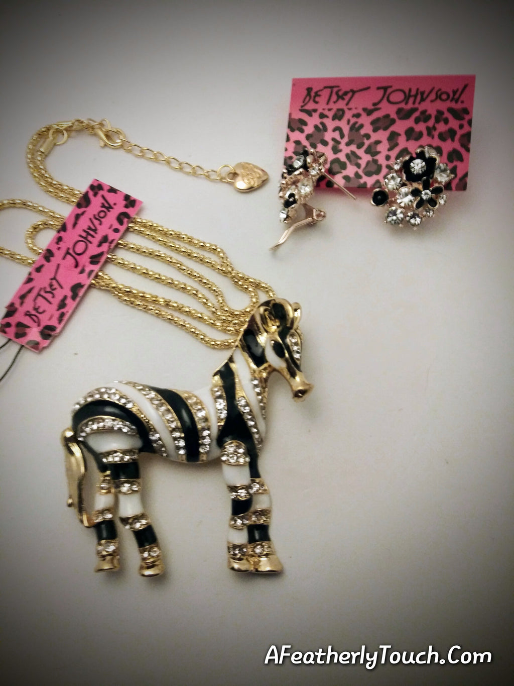 Beautiful and Unique Betsey Johnson Zebra Broach/Pendant