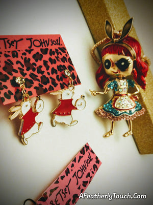 Adorable and Unique Betsey Johnson Alice Pendant