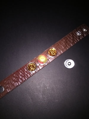Hot fashion Leather bracelet with 3 18mm removable snaps
