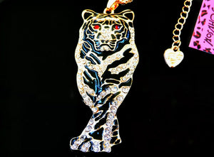 Beautiful Betsey Johnson Tiger pendant