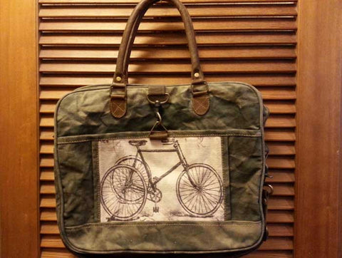Vintage-look canvas shoulder bag