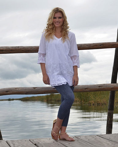 3/4 bell sleeve tunic with lace