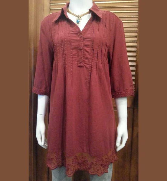 Elbow-length collared tunic