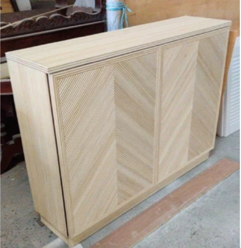 Pencil Rattan Natural Shoe Cabinet w Trimmings, White Internal - 72cm x 40cm x 90cm Height.