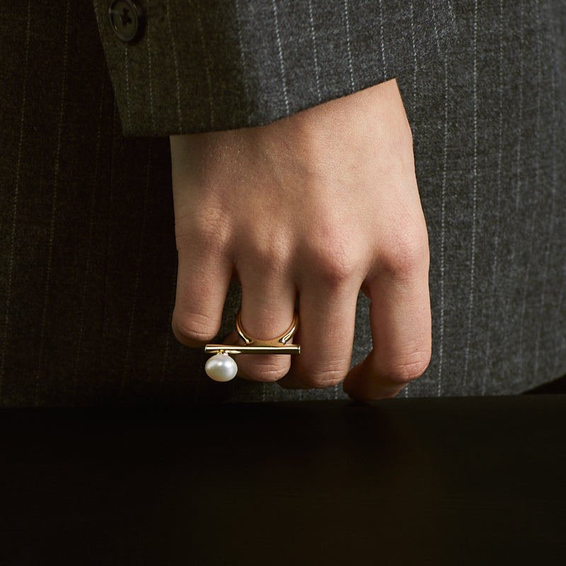 BAROQUE PEARL GOLD BAR OPEN RING